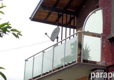 парапет за тераса със стъкло 2