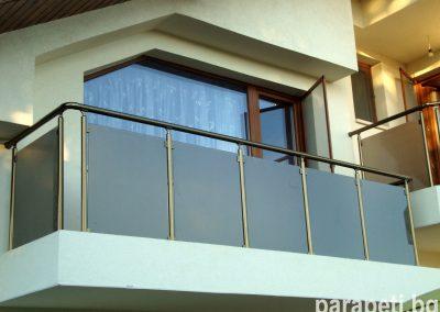 парапет за тераса със стъкло 9