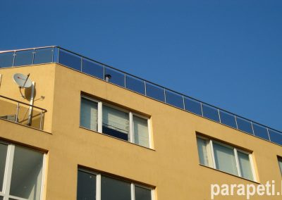 парапет за тераси със стъкло 10